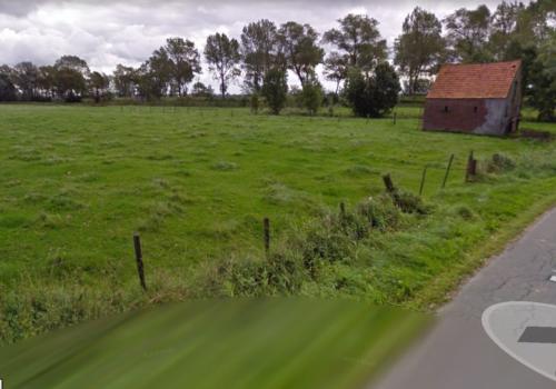 Weiland met schuilhok te Ettelgem (Oudenburg)