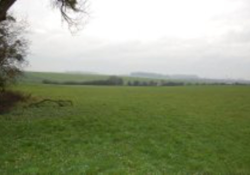Aubenton (Frankrijk), 15 ha landbouwgrond te koop